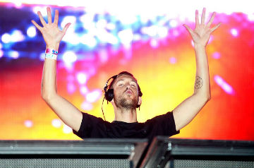 ultra-music-festival-2013-calvin-harris-650-430