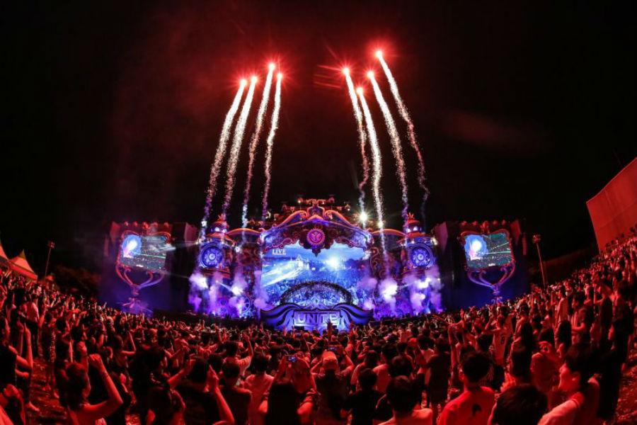 Per la prima volta in Italia UNITE With Tomorrowland