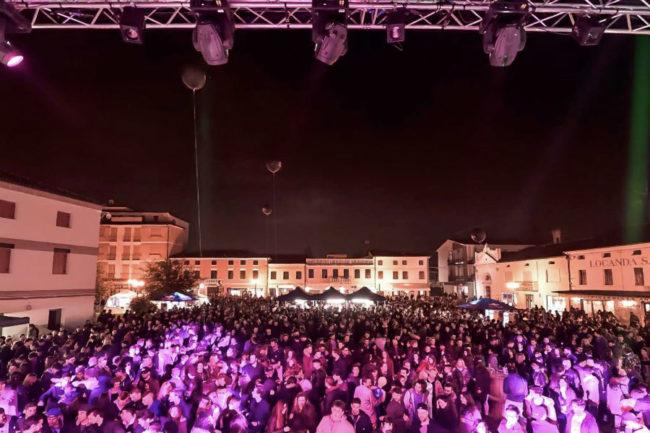 aperyshow 2017 900x600 credits Biagio Camiggio