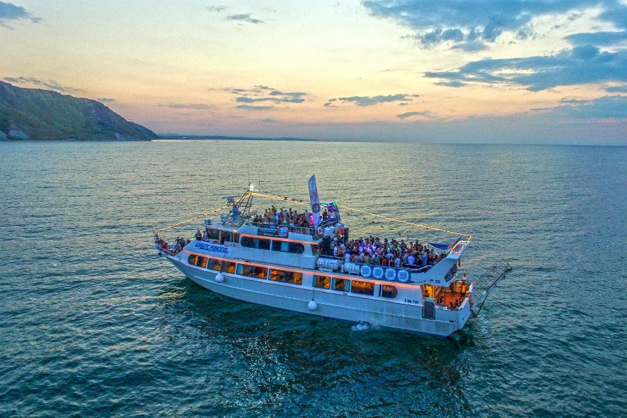 Torna a Rimini la Wave Music Boat