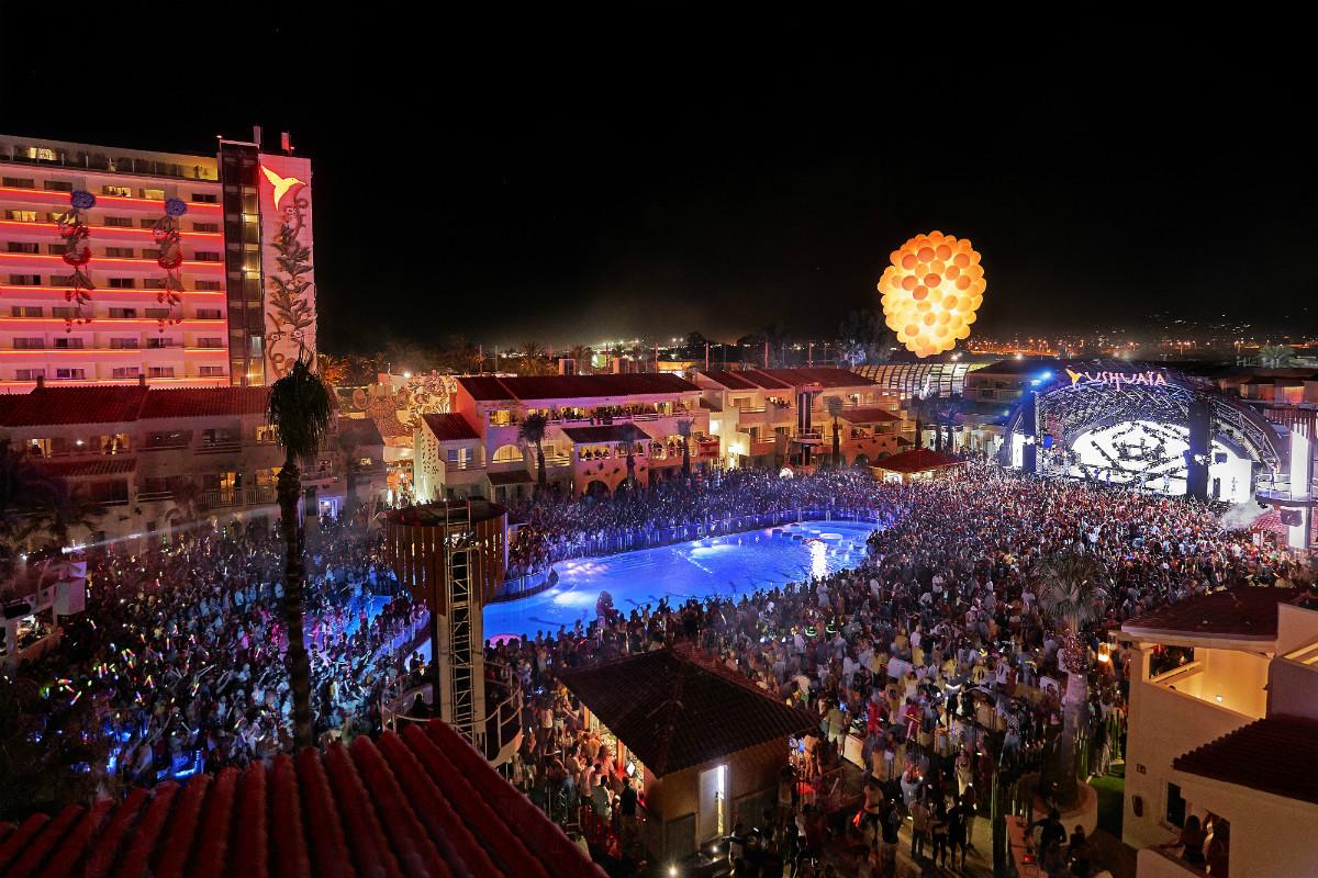 Ushuaïa e il meglio della musica latina con Mucho Ibiza