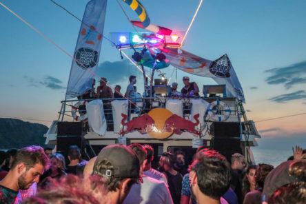 wave music boat 01 credits mattia bonaretti